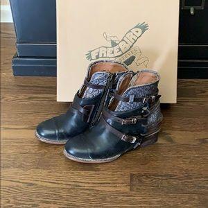 Freebird By Steven Crue boots 10
